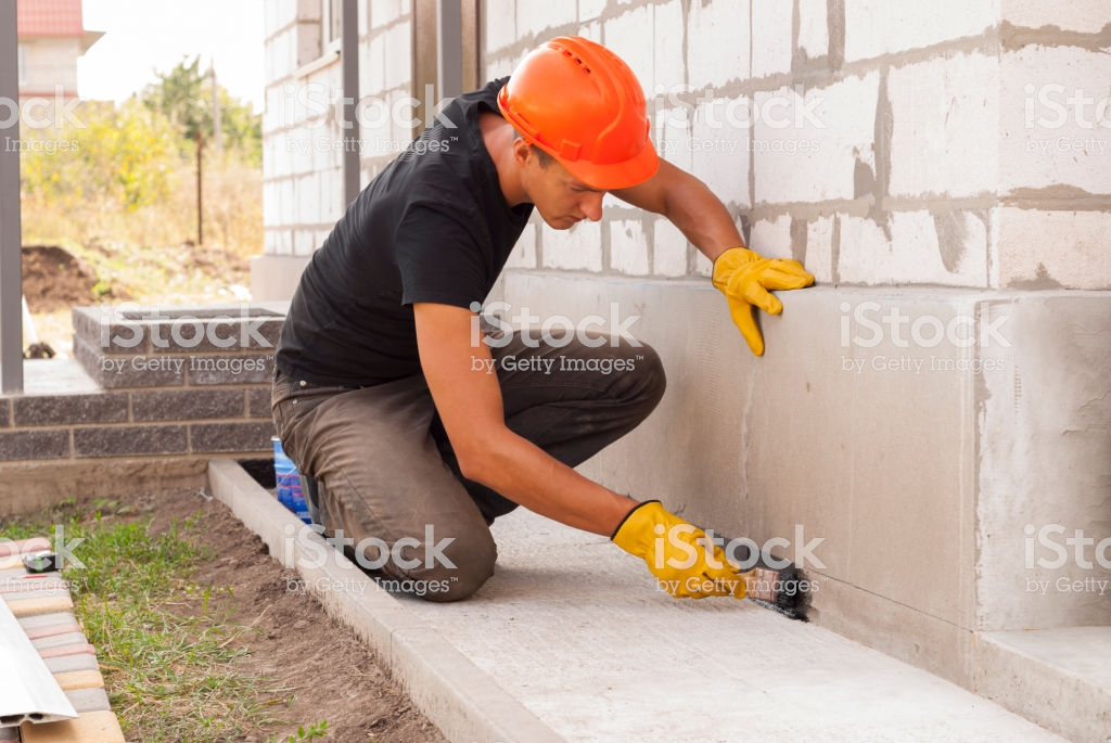 WHAT IS BUILDING MAINTENANCE, TYPES OF MAINTENANCE, IMPORTANCE, DEFECTS IN BUILDING AND REMEDIES